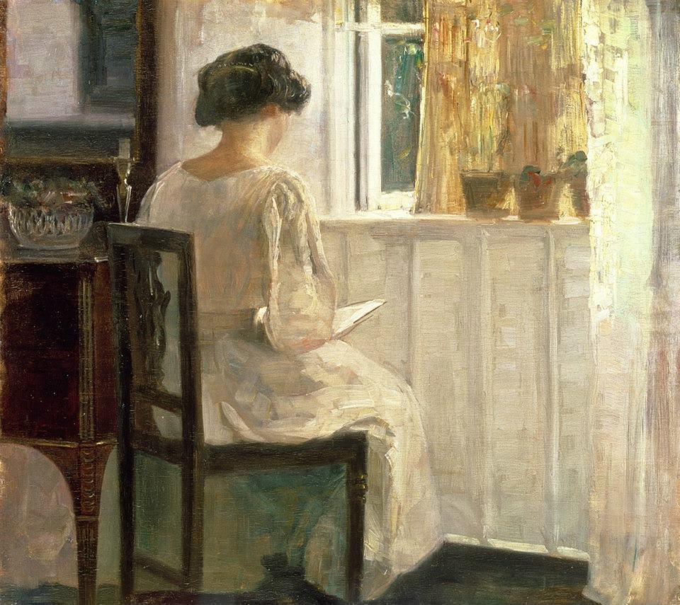Carl Holsoe, Ragazza che legge in una stanza illuminata dalla luce del sole