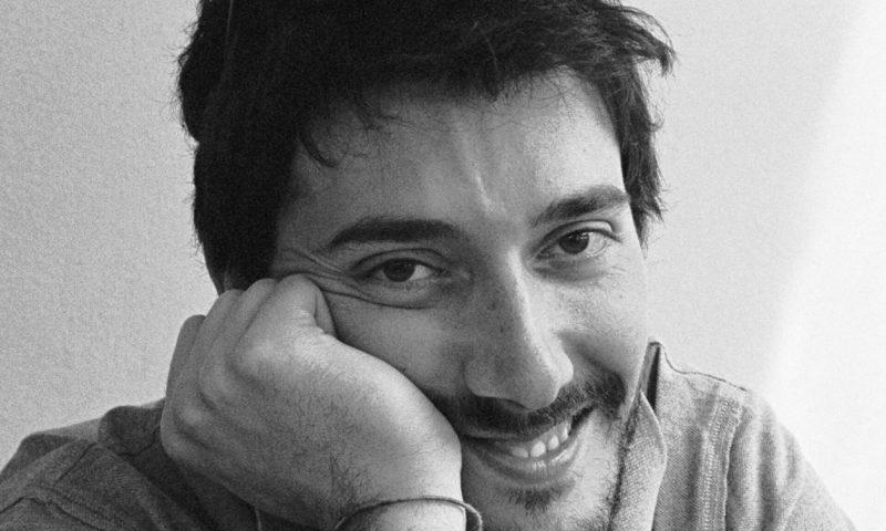 """Matteo Bianchi, """"I versi bucano il tempo senza violarlo"""""""