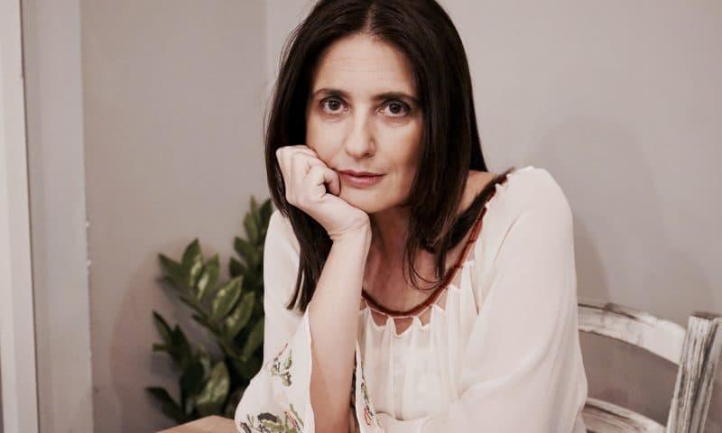 """Maria Grazia Insinga, """"la poesia serve a cadere"""""""