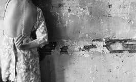 'Una porta socchiusa.' (Michele Montorfano)