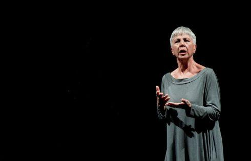 """Allo Stabile """"Occident Express"""" con la straordinaria Ottavia Piccolo che ripercorre la vera Odissea di una migrante"""