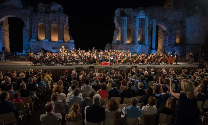 Il Sessantotto, mezzo secolo dopo: è il l tema del seminario che si terrà il 26 e 27 giugno a Taormina