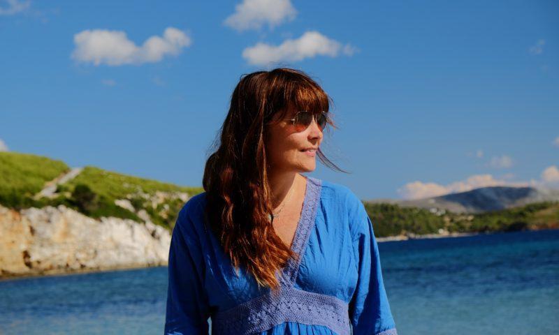 """Paola Casulli, """"la poesia è un'identità mobile in una storia di continuità"""""""