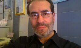 """Gaetano Capuano, """"la poesia deve interrogarsi, interrogare e trasmettere emozioni""""."""